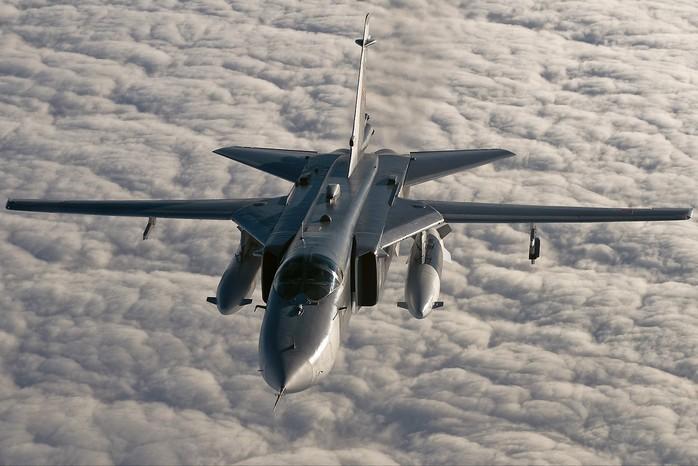 Су-24М - фронтовой бомбардировщик