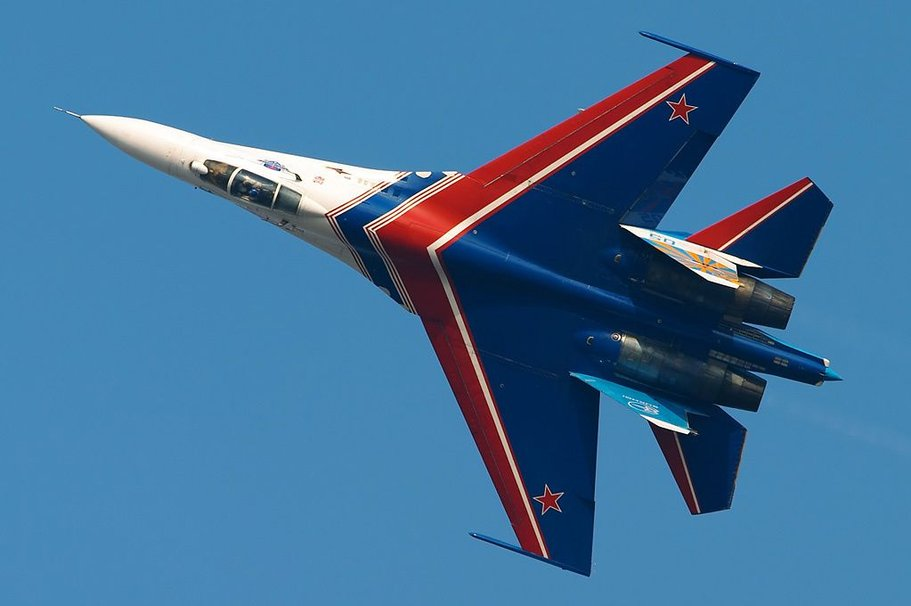Су-27 - многоцелевой истребитель-перехватчик