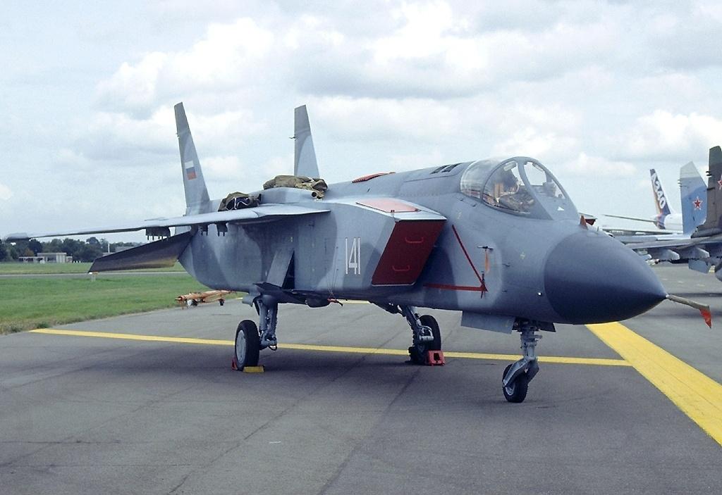 Як-141 на авиасалоне Фарнборо-1992