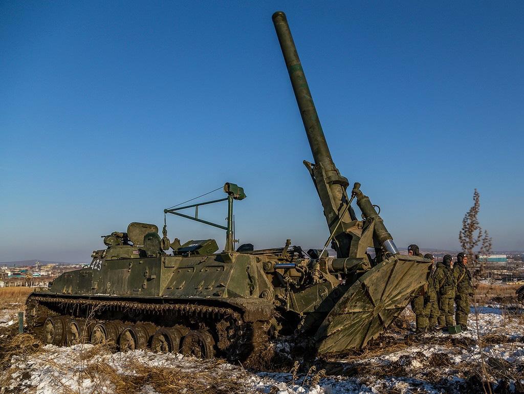 2С4 «Тюльпан» - самоходный миномет калибр 240-мм