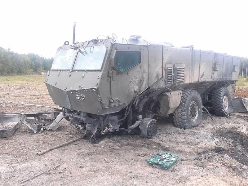 Под колесо КамАЗ-63968 «Тайфун-К» заложили заряд, мощность которого составила шесть килограммов в тротиловом эквиваленте