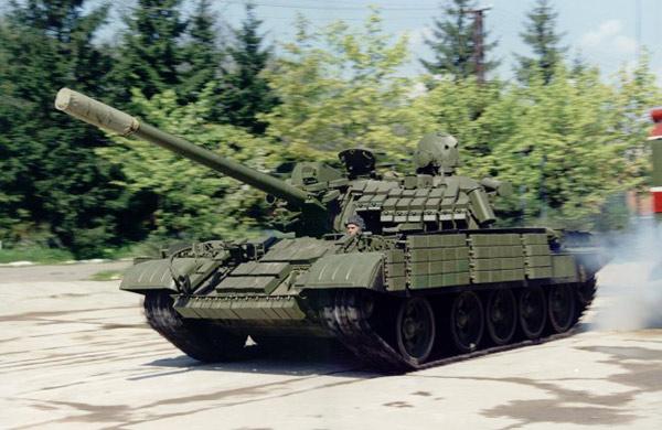 Т-55 с навесной динамической защитой