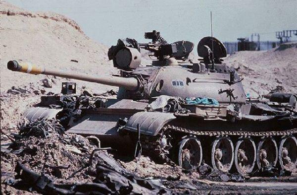 Подбитый модернизированный танк «Тип 59-I» из иракской 3-й бронетанковой дивизии