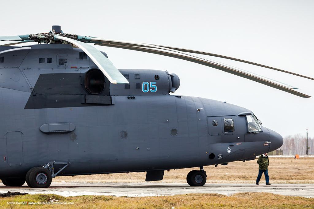 Ми-26 - российский тяжелый транспортный вертолет