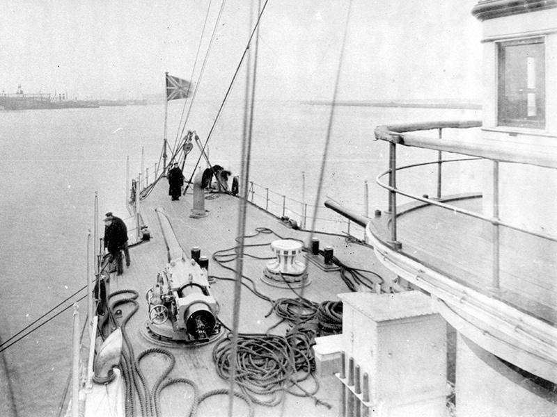 Вид на бак корабля
