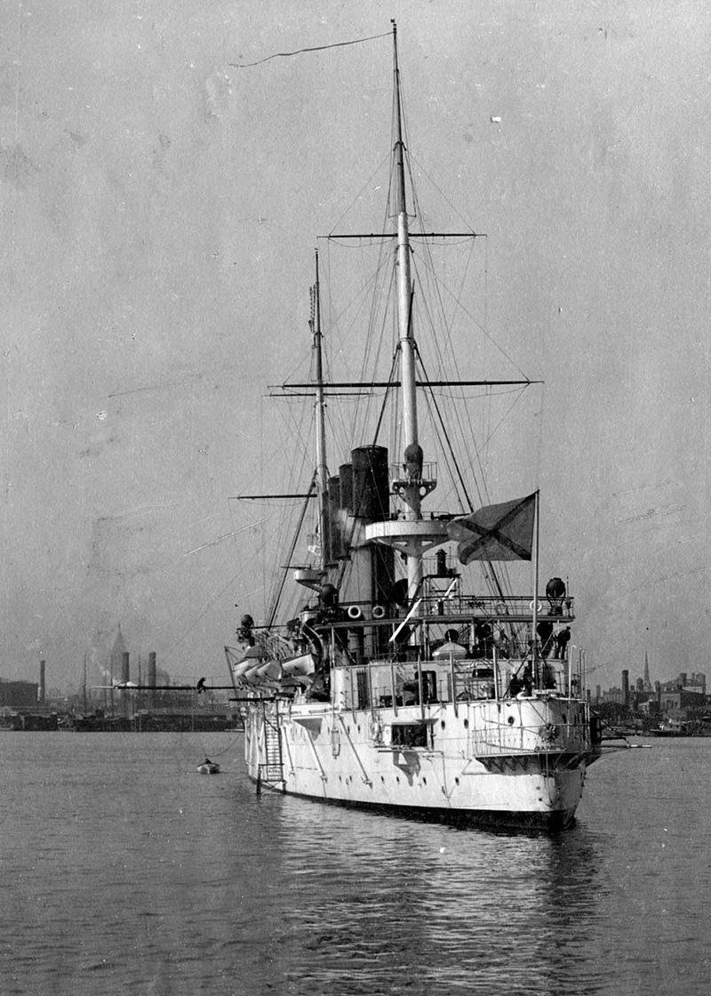 Вид на корму крейсера «Варяг»