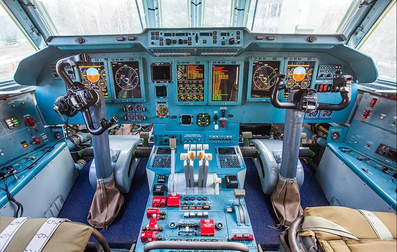 Кабина Ил-76МД-90А
