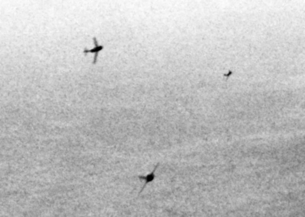Советские МиГ-15 атакуют американские стратегические бомбардировщики B-29, 1951 год