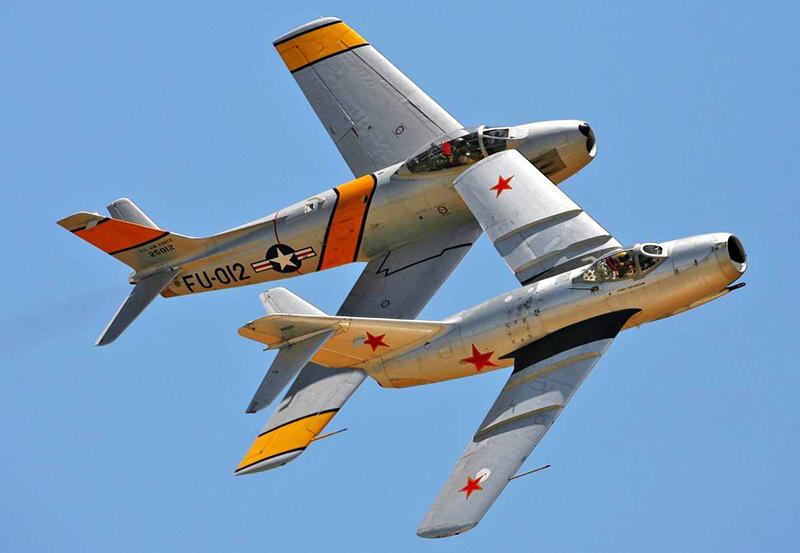 Советский МиГ-15 и американский F-86 Sabre