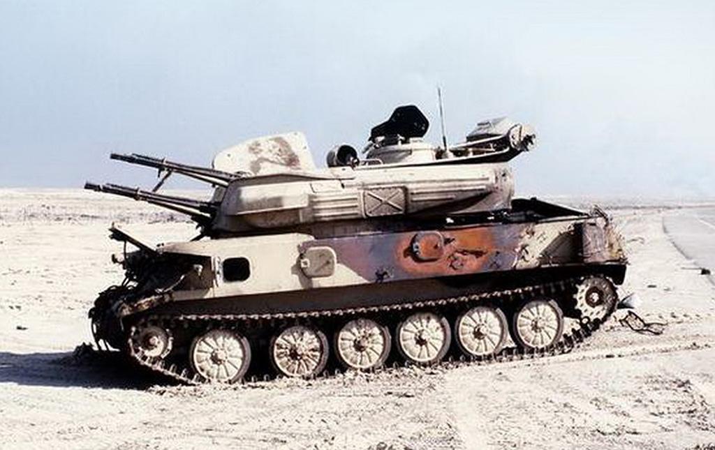 Подбитая в Ираке ЗСУ-23-4 'Шилка'