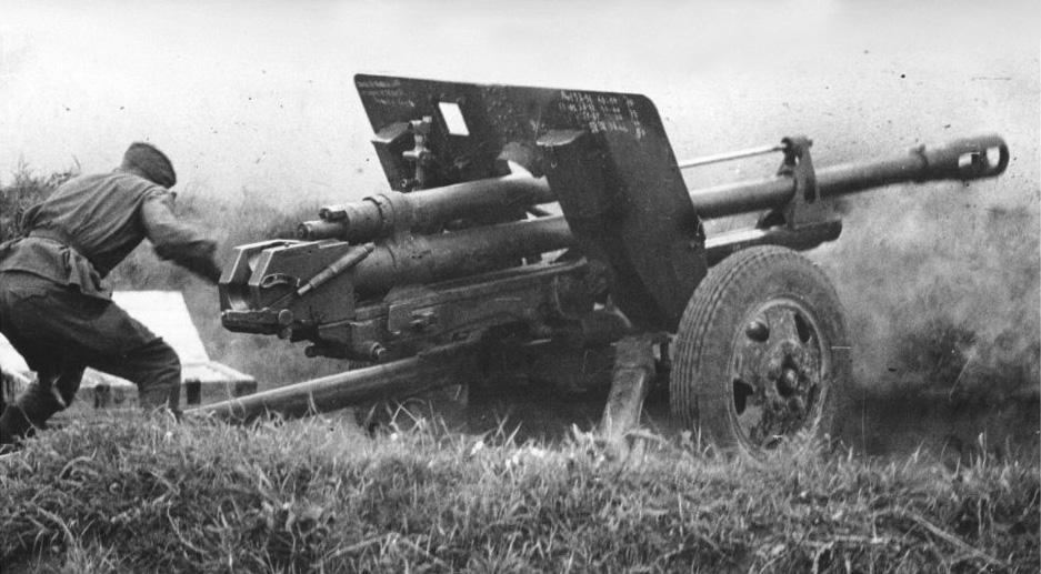 ЗИС-3 - дивизионная пушка образца 1942 года калибр 76-мм
