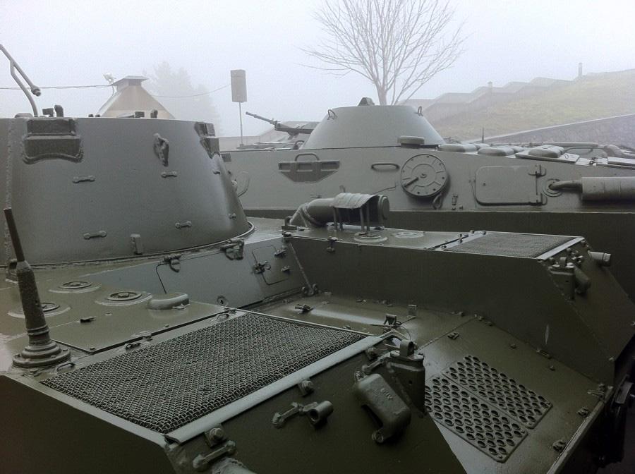 САУ 2С9 Нона-С - самоходное артиллерийское орудие калибр 120-мм