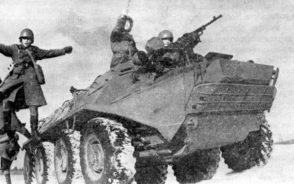 Десантирование пехоты с БТР-60П