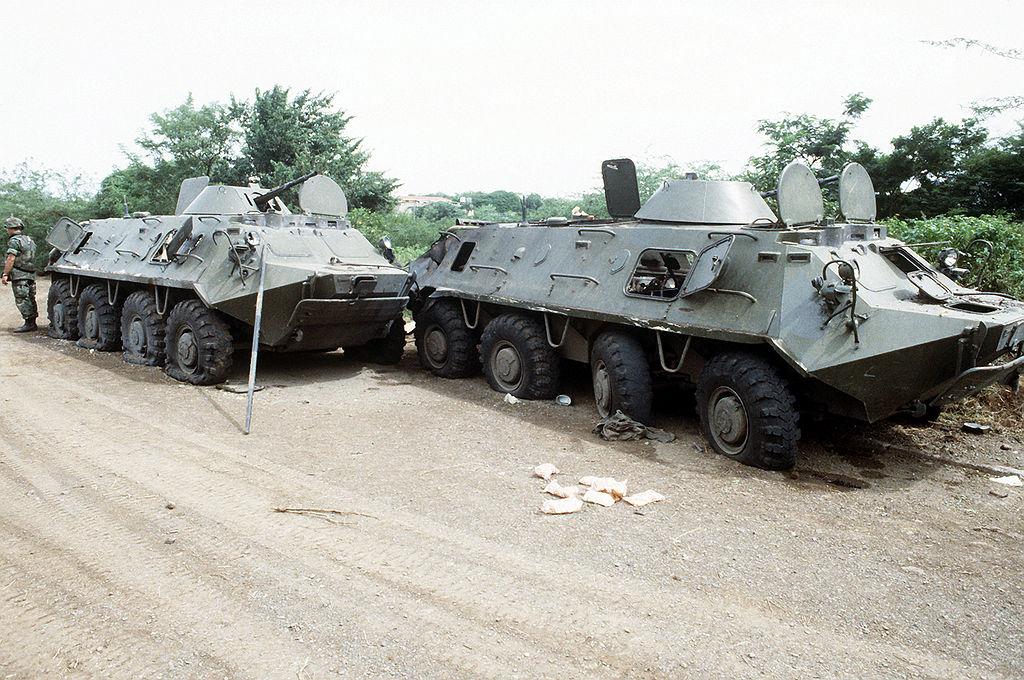 БТР-60ПБ, захваченные войсками США во время вторжения на Гренаду