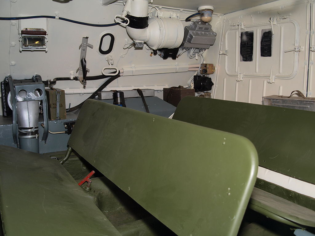 Скамьи для десанта в БТР-60ПБ