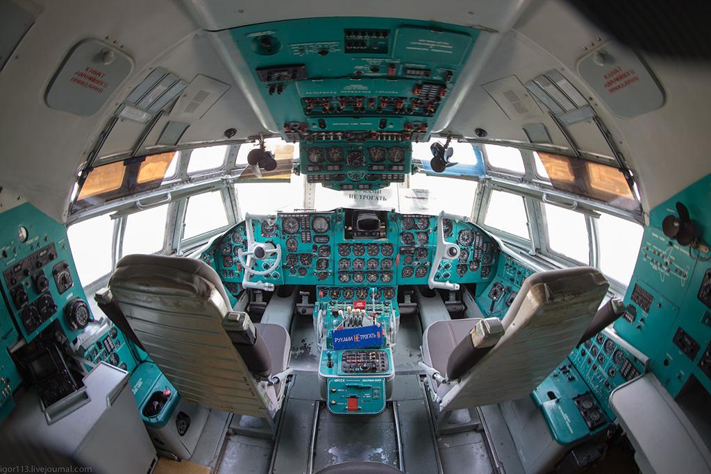 Кабина Ил-62