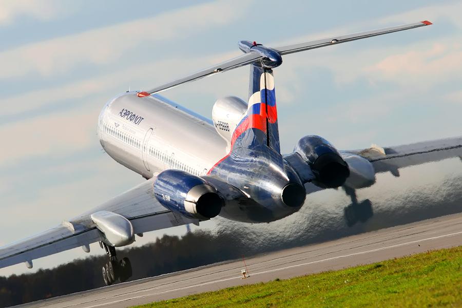 Ту-154 - пассажирский самолет
