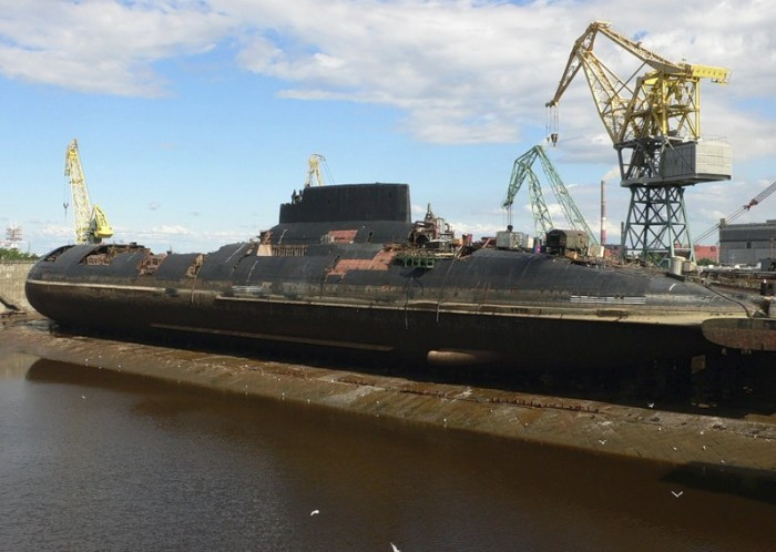 ТРПКСН ТК-12 «Симбирск» проекта 941 «Акула». Третья подводная лодка этой серии на утилизации.