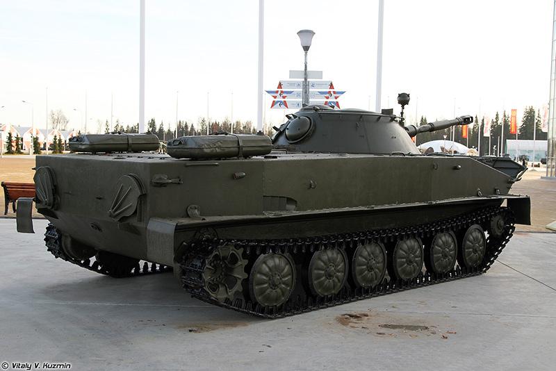 ПТ-76 - плавающий танк