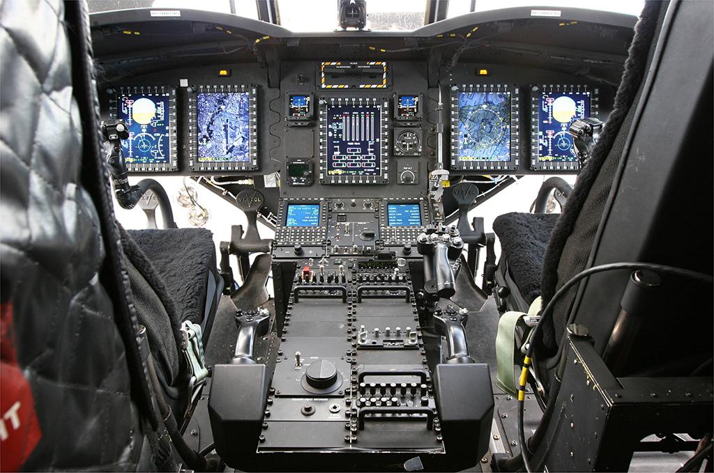 Кабина CH-47F Chinook