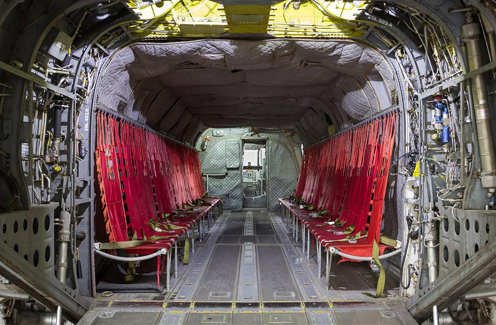 Внутри CH-47C Chinook