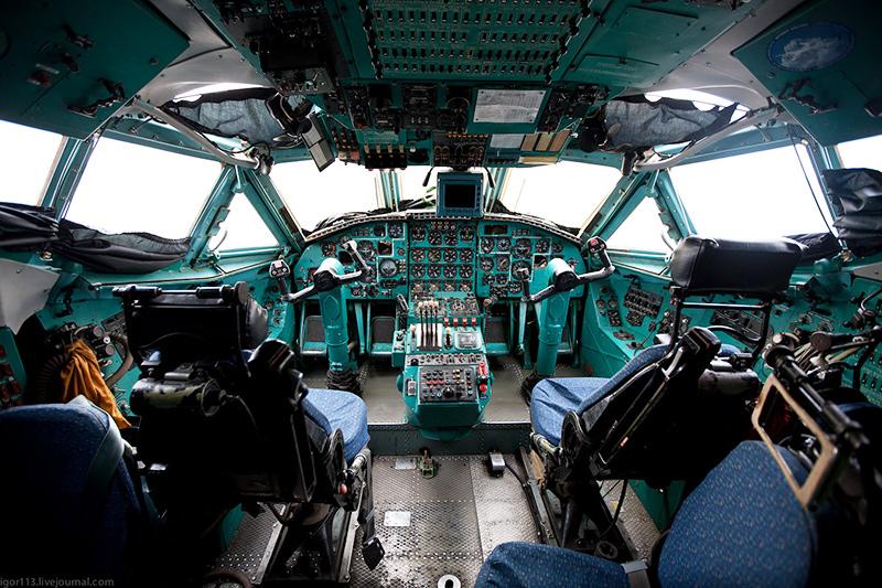 Кабина Ан-22 Антей