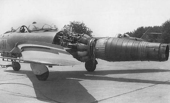 Установка двигателя ВК-1Ф на МиГ-17Ф