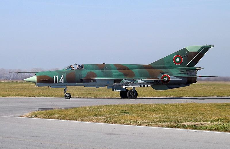 МиГ-21 - фронтовой истребитель