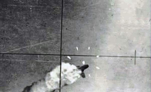 Египетский МиГ-21 сбивает израильский штурмовик A-4 Skyhawk