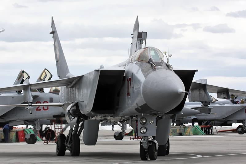 МиГ-31БМ из состава 790 истребительного ордена Кутузова III степени авиационного полка, авиабаза Хотилово