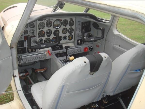 Фото кабины пилотов Як-18Т