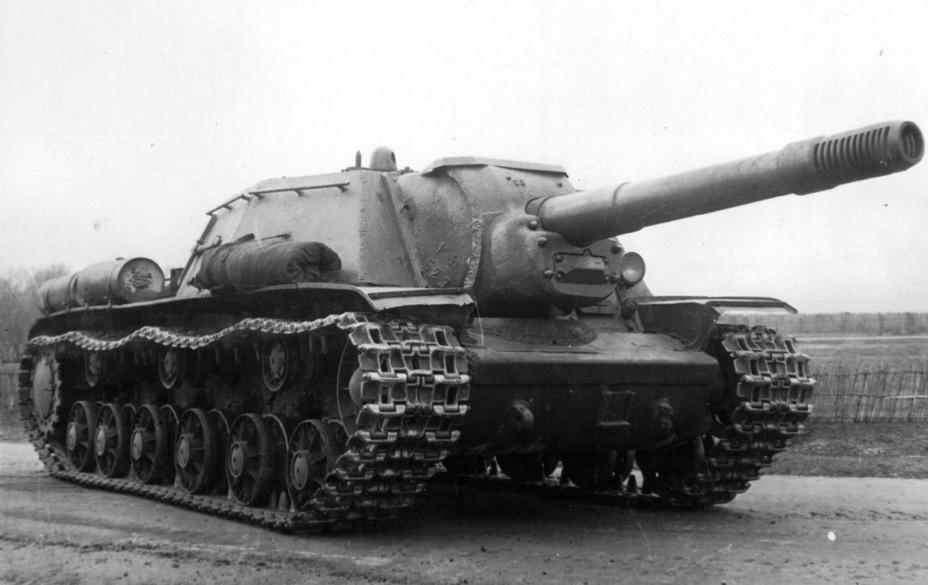 СУ-152 'Зверобой' — тяжёлая самоходно-артиллерийская установка