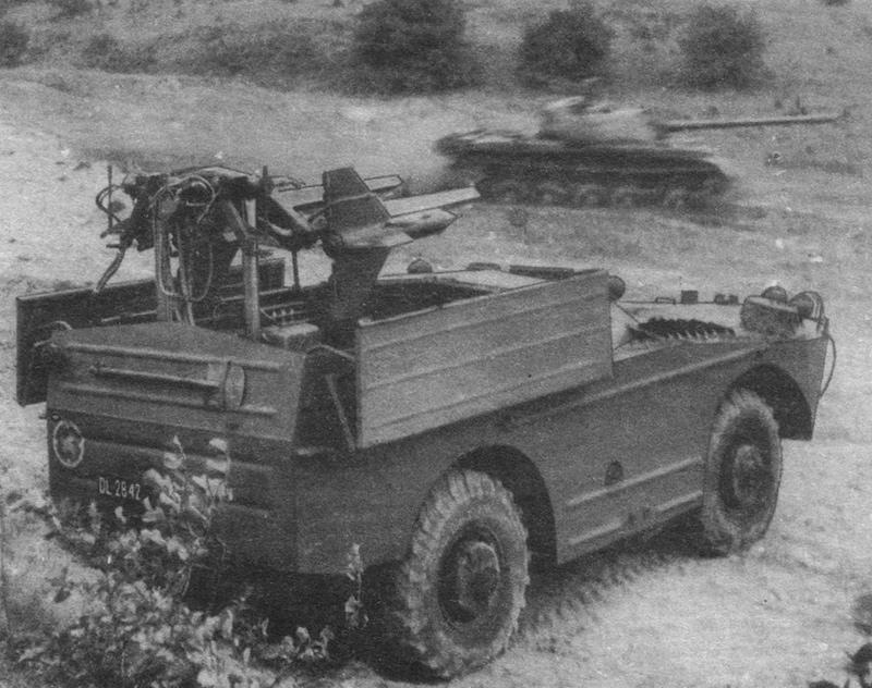Пусковая установка 2П27 комплекса 2К16 «Шмель» на базе БРДМ-1