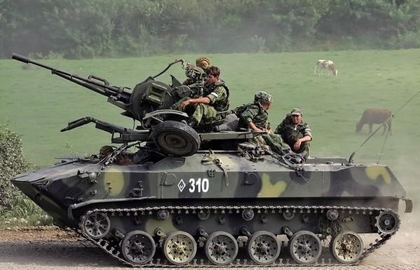 БТР-Д с зенитной установкой ЗУ-23