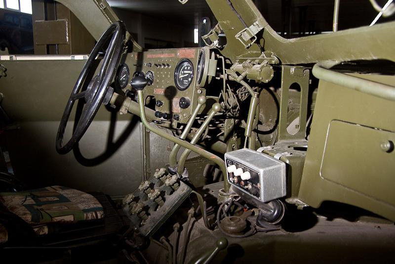 Внутри БТР-152