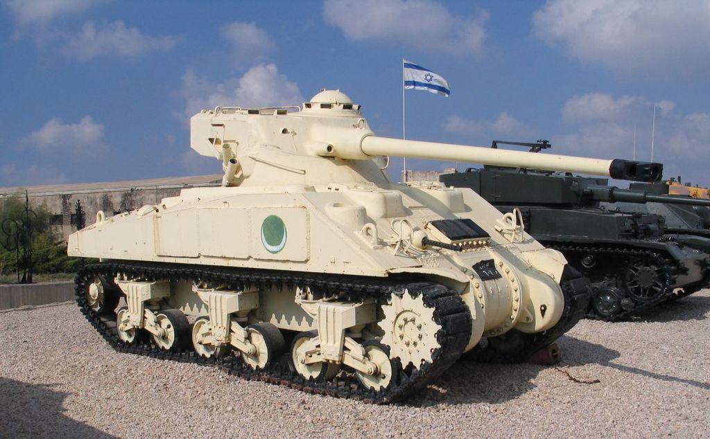 Египетский дизельный M4A4 с башней FL-10