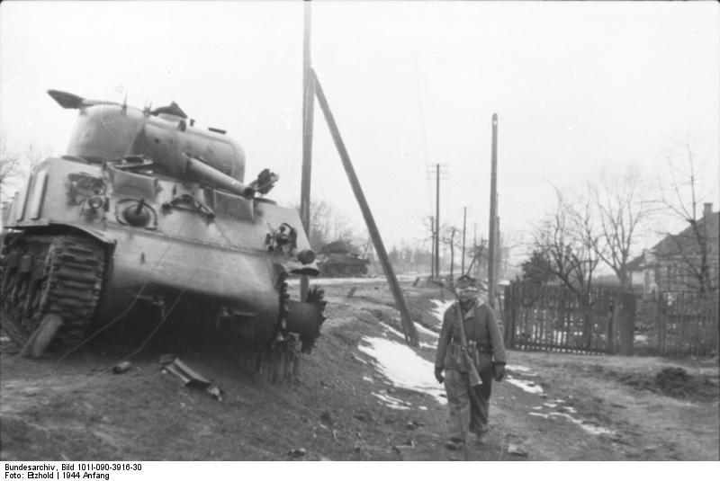 Подбитый советский M4 «Шерман»