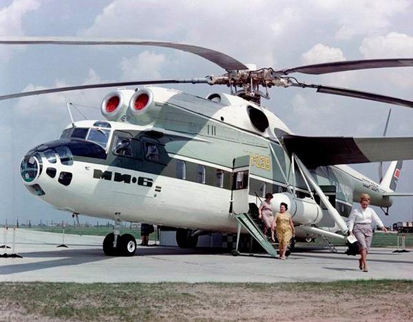 Ми-6 - тяжёлый многоцелевой вертолёт