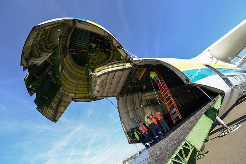 Внутри Ан-225 Мрия