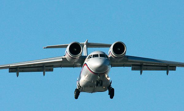 Ан-72 - военно-транспортный самолёт