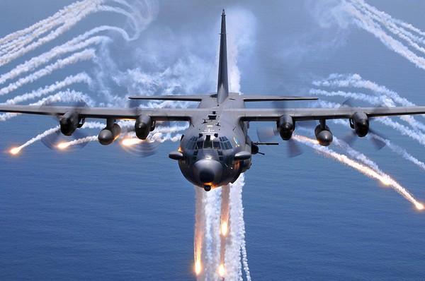 Локхид C-130 «Геркулес» - военно-транспортный самолет США и НАТО