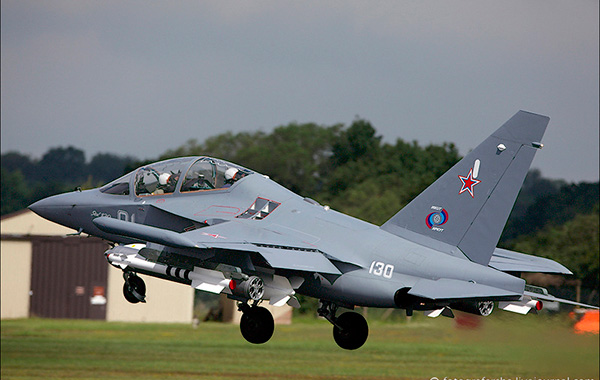 Взлет Як-130