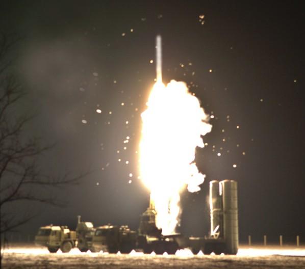 С-400 'Триумф' (40Р6) - зенитная ракетная система