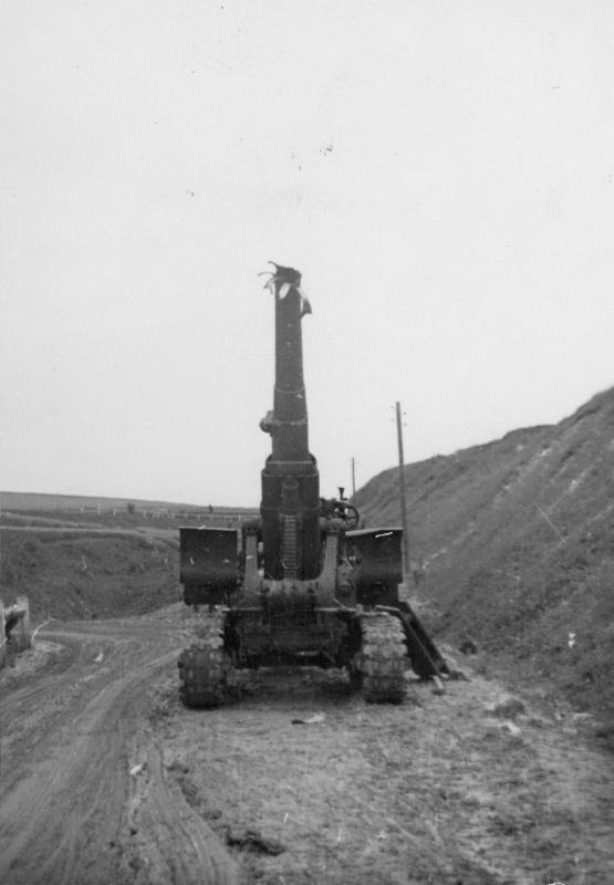 Советская 203-мм гаубица образца 1931 года (Б-4), выведенная из строя и брошенная в районе Дубно