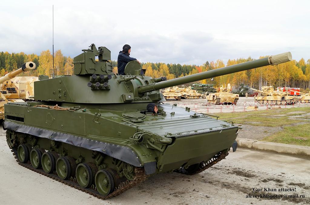 САУ 2С31 'Вена' - самоходное артиллерийское орудие калибр 120-мм