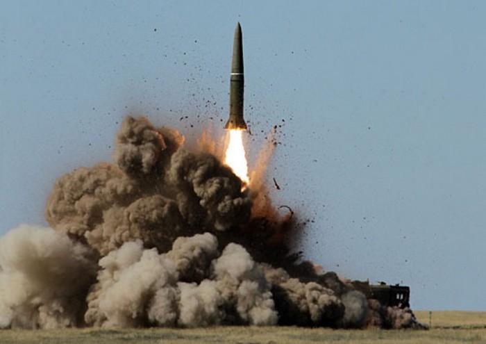 «Искандер» (9К720) - оперативно-тактический ракетный комплекс