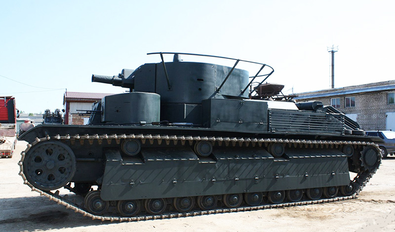 Т-28 - трехбашенный танк