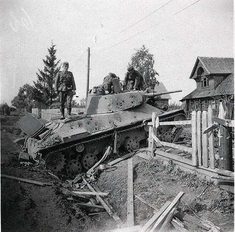 Т-50 - советский легкий танк