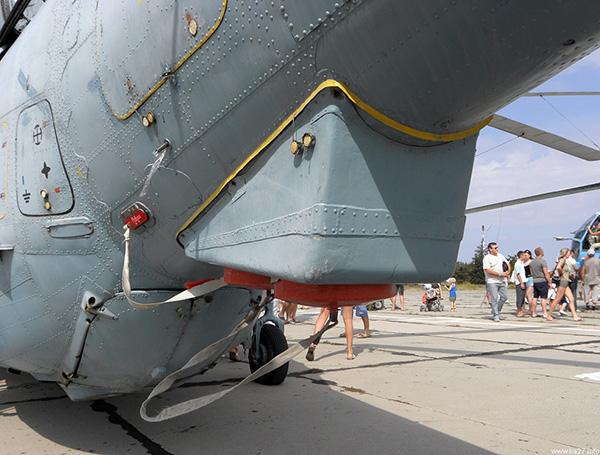 Ка-27 - корабельный многоцелевой вертолёт