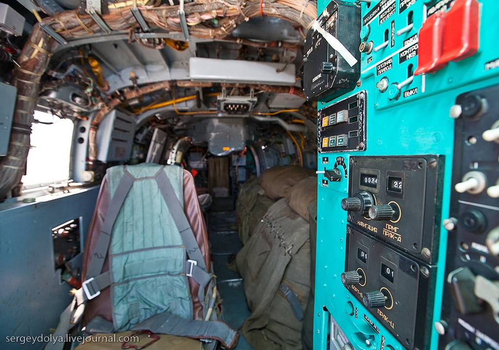 Внутри Ка-27